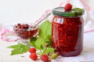 Свежая перетёртая с сахаром ягода
