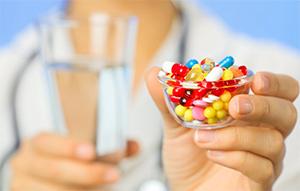 Антибиотики при гриппе у взрослых: что принимать?