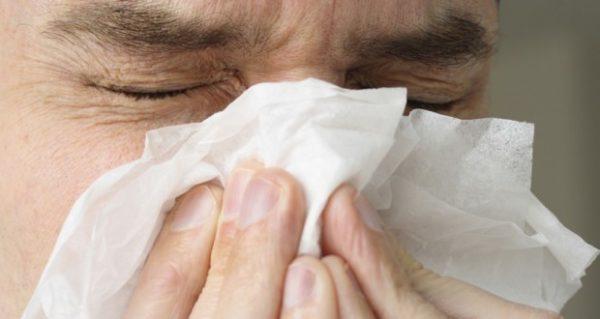 Насморк: лечение народными средствами быстро