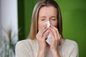Затяжной длительный насморк замучил как вылечить и в чем причина